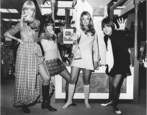 Mary Quant,minijupe,genou,1968