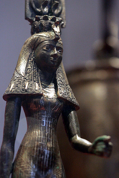 robe,statue,egypte,louvre,coiffe