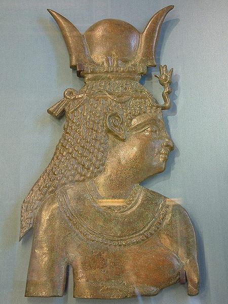 égyptienne,coiffe,seins nus