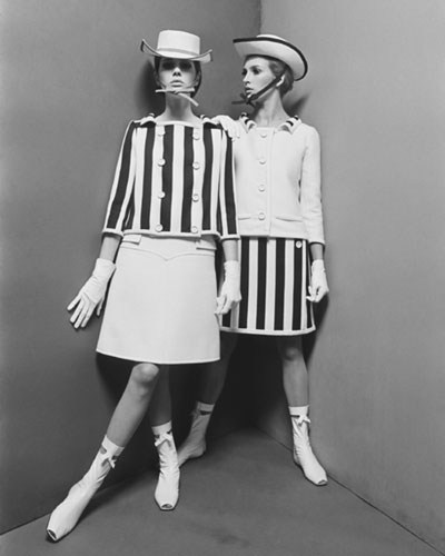 Courrèges,minijupe,miniskirt,mode,printemps-été,1965