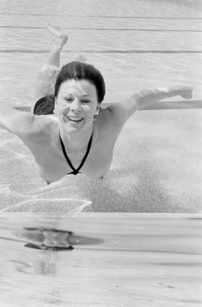 daphne dayle,paul schutzer,piscine molitor,life magazine,monokini