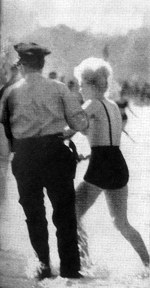 toni lee shelley monokini chicago police arrested topless
