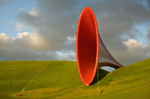 Dismemberment, Site 1 - Anish Kapoor -2003-2009 - The Farm, Baie de Kaipara, Nouvelle-Zélande - Visible sur anishkapoor.com